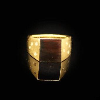 Signetring af gammelt guld